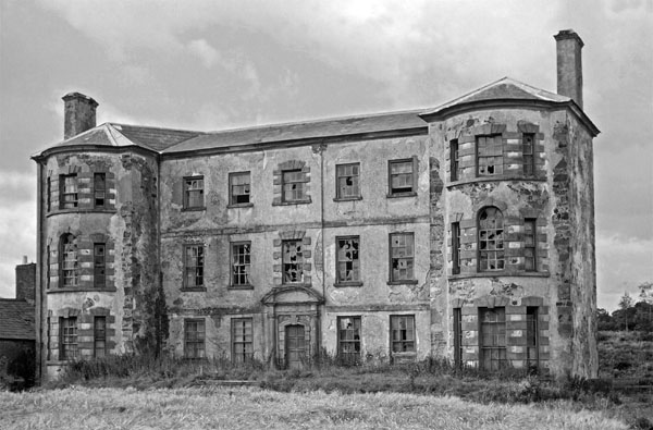 1736 – Gill Hall, Dromore, Co. Down