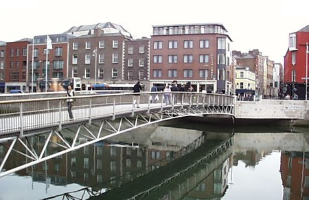 2000 – Millenium Bridge, Dublin