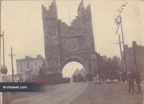 1900 – Royal Triumphal Archway, Leeson Street, Dublin