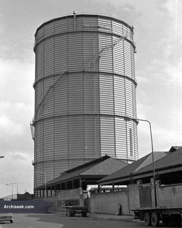 1934 – Gasholder, Sir John Rogerson's Quay, Dublin
