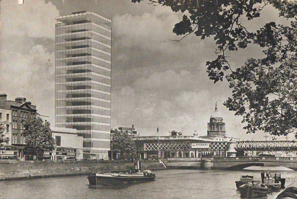 Architectural group claims Liberty Hall is Dublin 'icon'