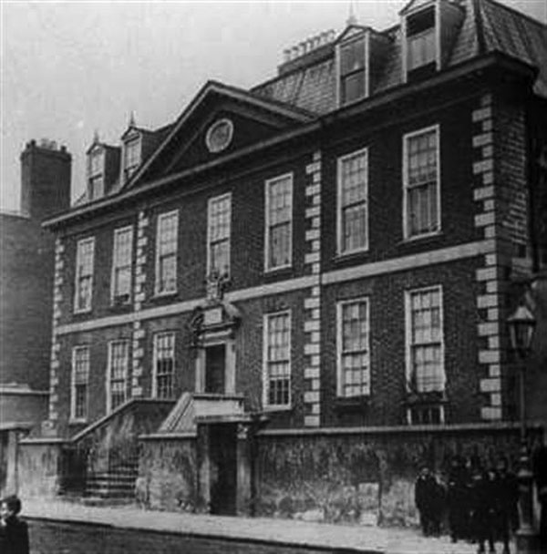 1711 – Molyneux House, Peter St., Dublin