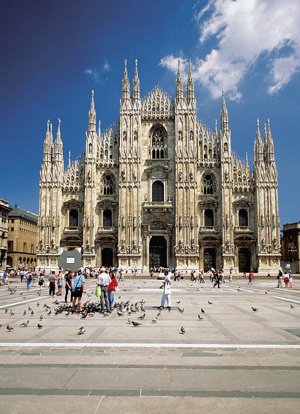 1386 &#8211; Duomo, Milan, Italy