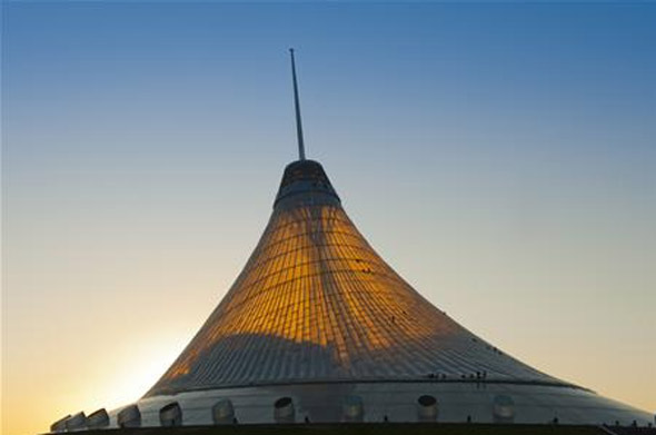 Khan Shatyr Entertainment Center, Kazakhstan  opens – the world's tallest tensile structure
