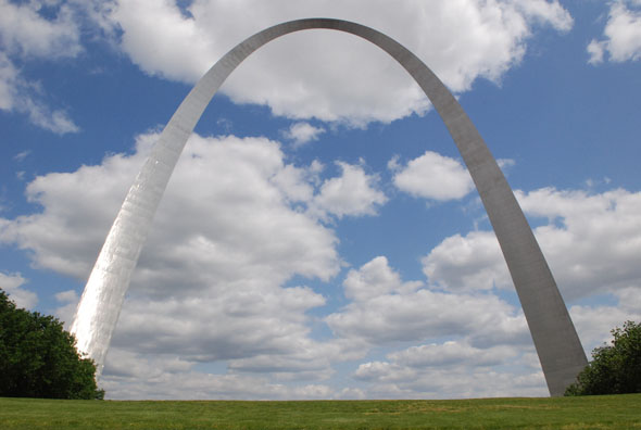 Five teams advance to design phase of St. Louis Gateway Arch competition