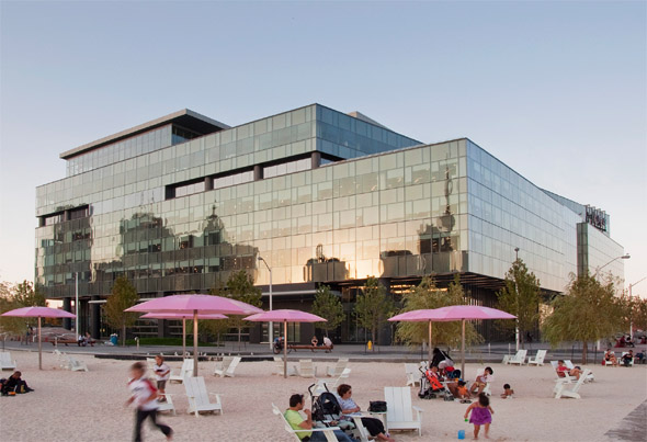 Corus Quay, Toronto by Diamond and Schmitt Architects opens