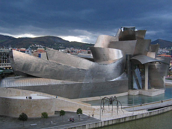 1997 &#8211; Museo Guggenheim Bilbao, Bilbao, Spain