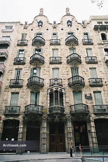 1899 – Casa Calvet, Barcelona