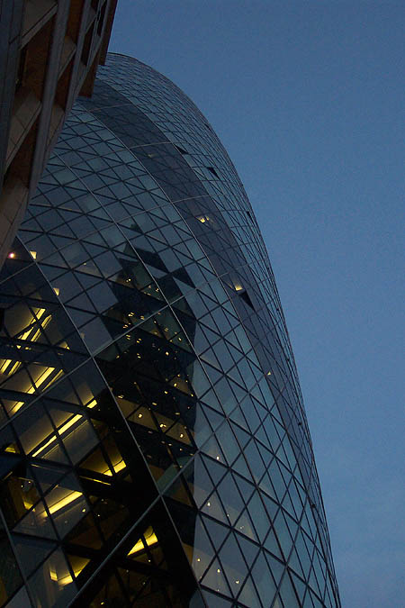2004 &#8211; 30 St Mary Axe (Swiss Re), London