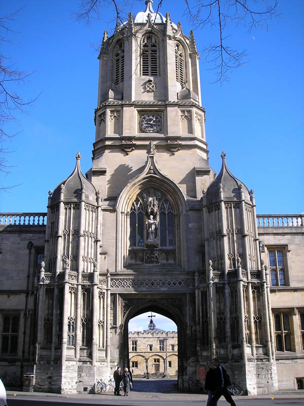 1682 &#8211; Tom Tower, Christ Church, Oxford
