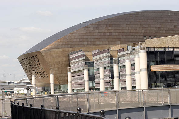 2004 &#8211; Wales Millennium Center, Cardiff