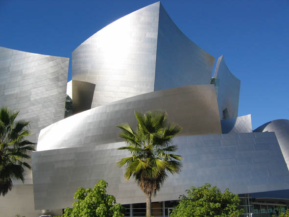 2003 – Walt Disney Concert Hall, Los Angeles, California