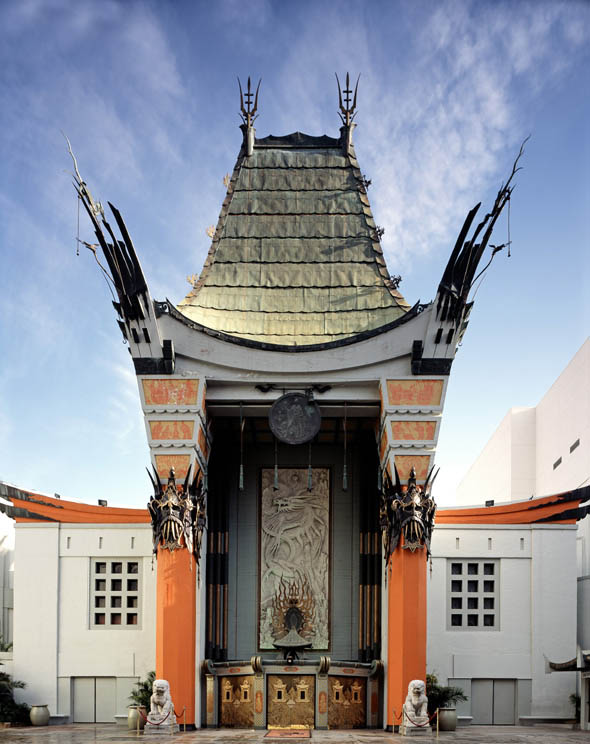 1927 &#8211; Grauman&#8217;s Chinese Theatre, Los Angeles, California