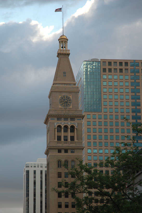 1911 – Daniels & Fisher Tower, Denver