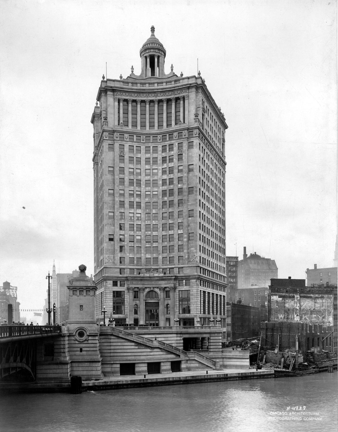 1923 – London Guarantee Building, Chicago, Illinois