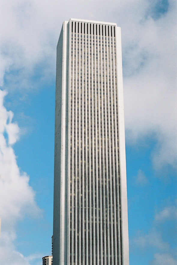 1973 – Aon Center, Chicago, Illinois