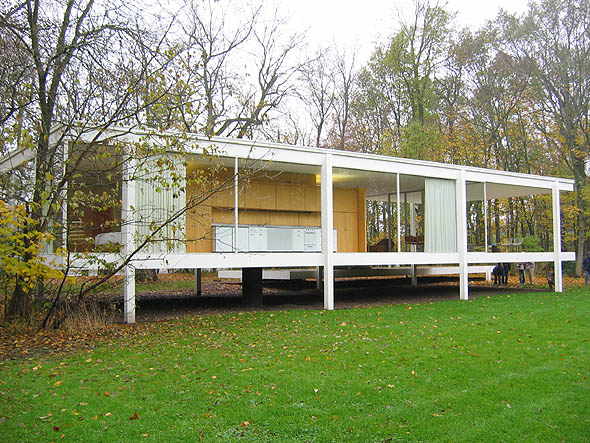 1951 – Farnsworth House, Plano, Illinois
