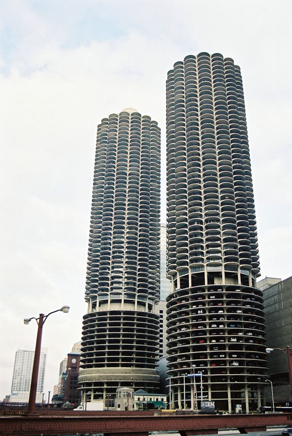 1962 &#8211; Marina City, Chicago, Illinois