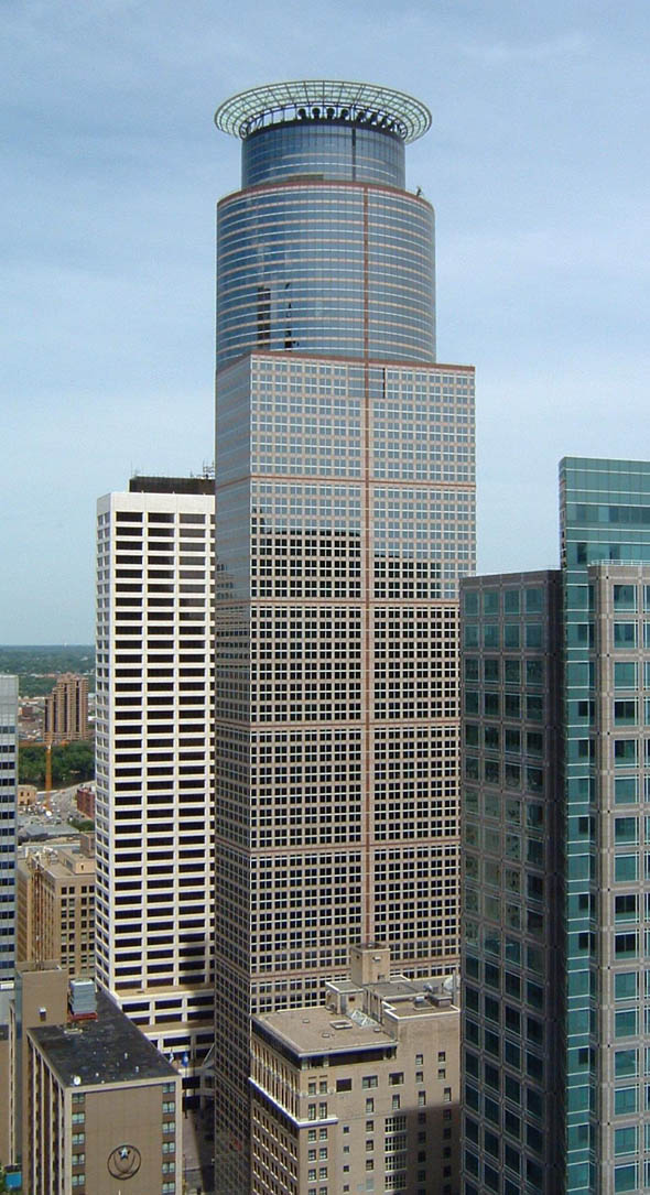 1992 – 225 South Sixth, Minneapolis, Minnesota