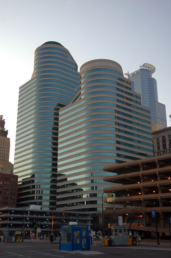 1988 – 5th Street Towers, Minneapolis