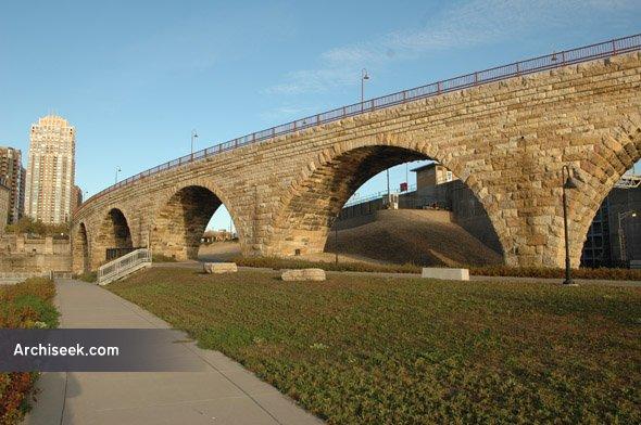 1883 – Stone Arch Bridge, Minneapolis, Minnesota