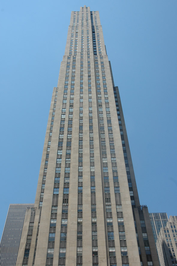 1933 – GE Building, New York