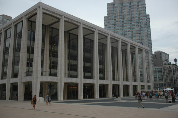 1962 &#8211; Avery Fisher Hall, Lincoln Center, New York