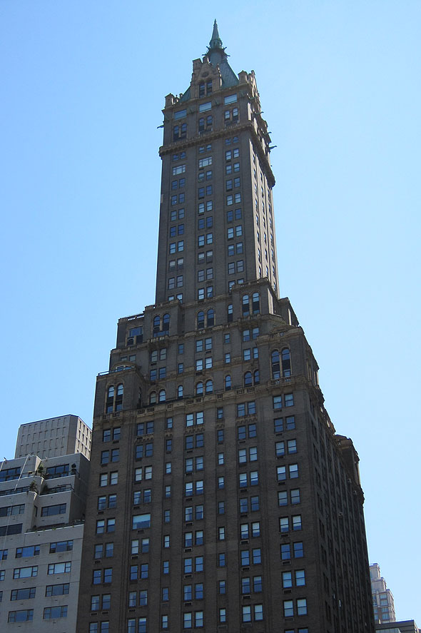 1927 – The Sherry-Netherland Hotel, New York