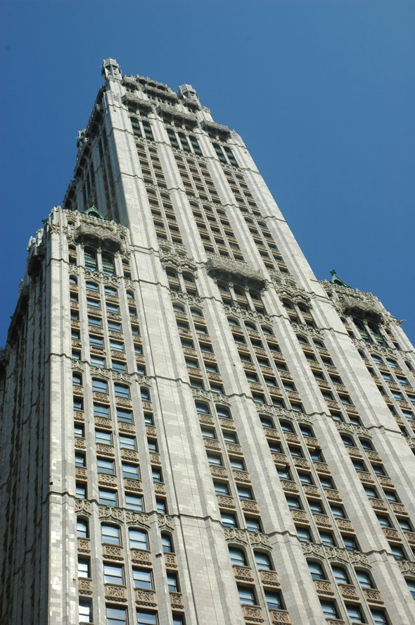 1913 &#8211; Woolworth Building, New York