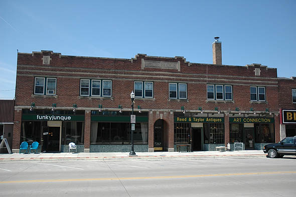 1926 &#8211; Aggie Block &#8211; 520 Broadway, Fargo, North Dakota