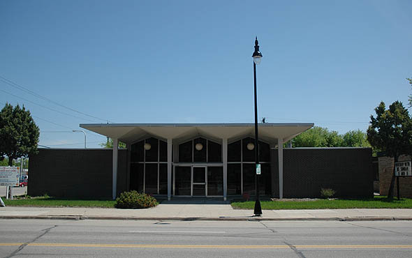1962 – Pontoppidan Building, Fargo, North Dakota