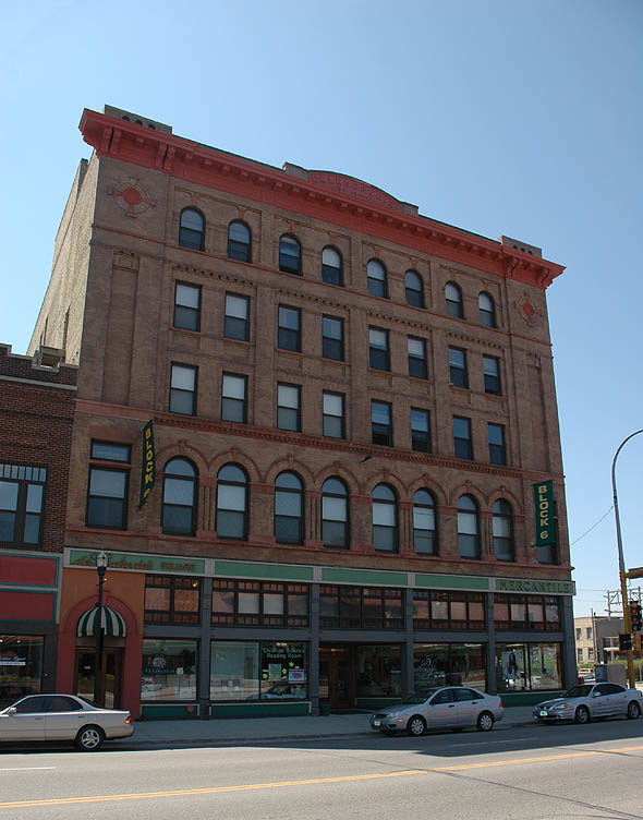 1904 – DeLendrecie's Building, Fargo, North Dakota