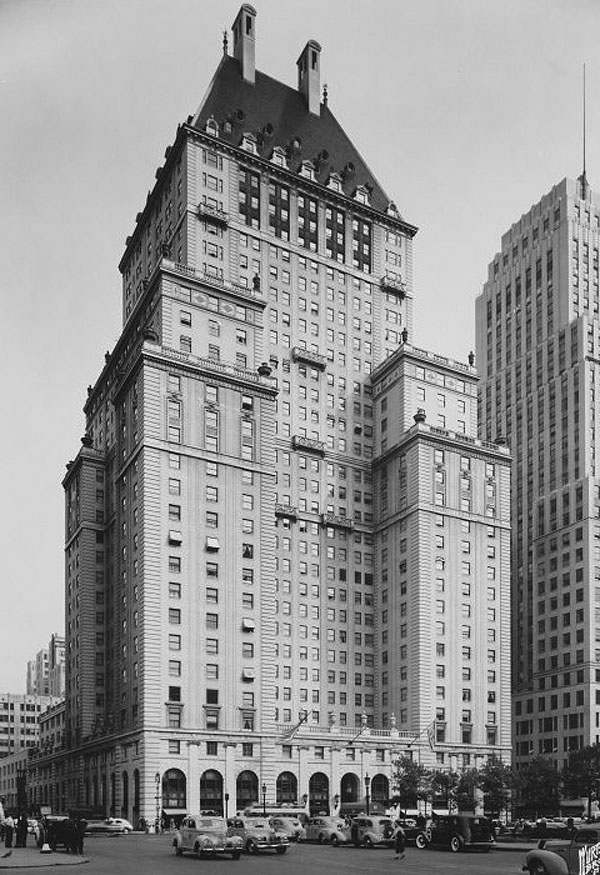 1927 &#8211; Savoy-Plaza Hotel, New York