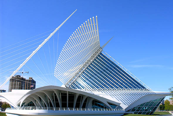 2001 – Quadracci Pavilion, Milwaukee Art Gallery, Wisconsin